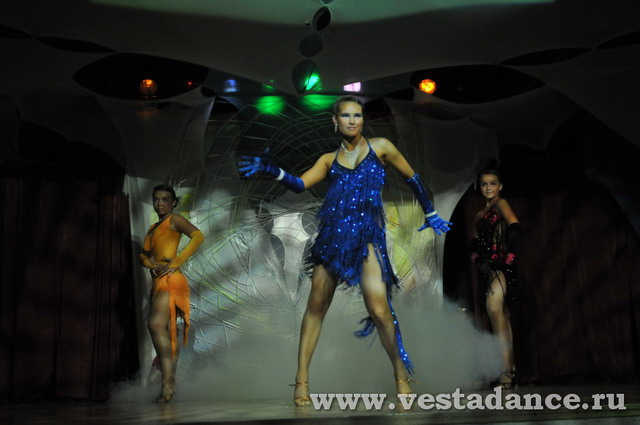 научиться танцевать  в Школе тацнев Веста Клаб